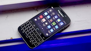 Blackberry Classic In 2020! (Still Worth Buying?) (Review)
