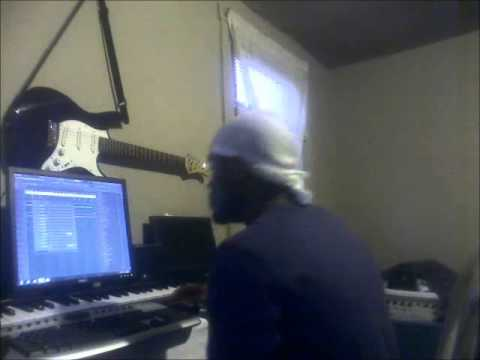 """the making of """"harder"""" instrumental by Quite Familiar"""