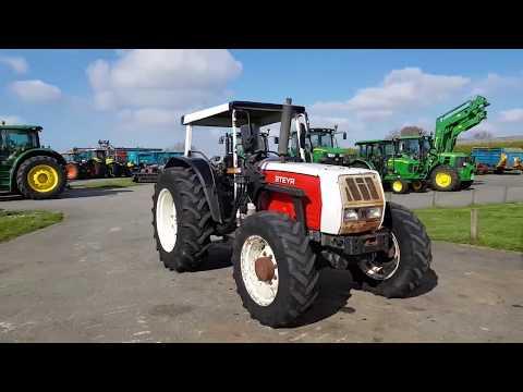 Tracteur STEYR 9050 N°137897 (1997)