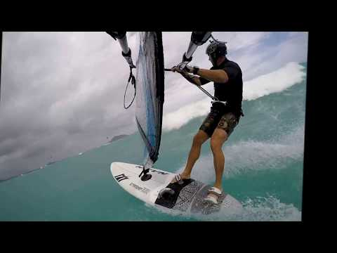 Naish Starship 100L Ezzy Wave Panther 5.5m Kailua Bay Windsurfing Clew View
