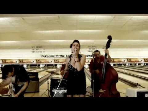 Lara Hope & The Champtones | Big Block Betty