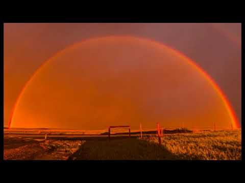 Rare BLOOD RAINBOW Appears in the Sky Over Canada