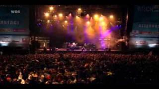 Arctic Monkeys -  A Certain Romance - Live @ Rock Am Ring