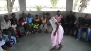 preview picture of video '20081030 Nampula Studenti sostenuti'
