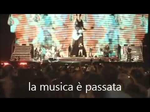 """, title : 'Canta con Laura """"La mia banda suona il rock""""'"""