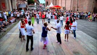 preview picture of video 'Démo Salsa Fiesta Pamiers 2013'