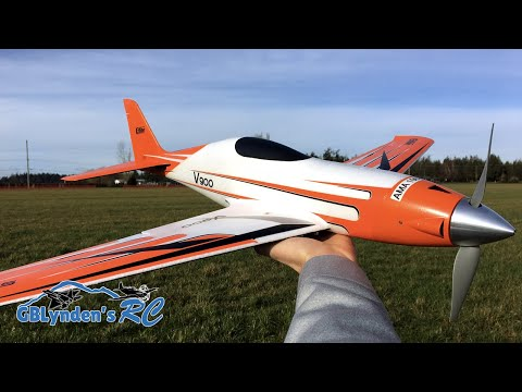 eflite-v900-bnf-basic-maiden-flight-rc-plane-crash-with-bill