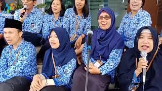 "Mempererat Persatuan ""Nusantaraku"" (Karya: A. Riyanto)"