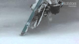 Работа отвалом грейдера для поддержания острого режущего края ножей