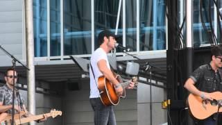 Chuck Wicks - Whole Damn Thing (Live CMA Fest 2014)