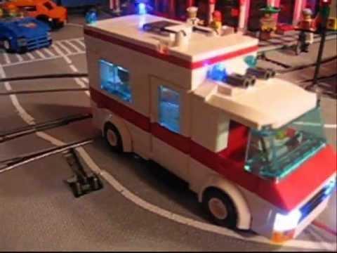 Lego RTW Ambulance (kein 7890) mit LED Licht UND Sound