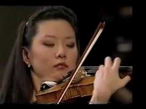Yi-Jia Susanne Hou plays Barber's Violin Concerto (excerpts)