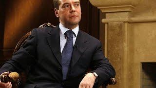 Воры в законе и Медведев - Сходка воров. Прикол про Медведева