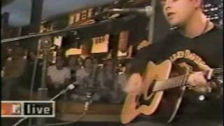 Green Day - Good Riddance(Time of Your Life) Live @ MTV