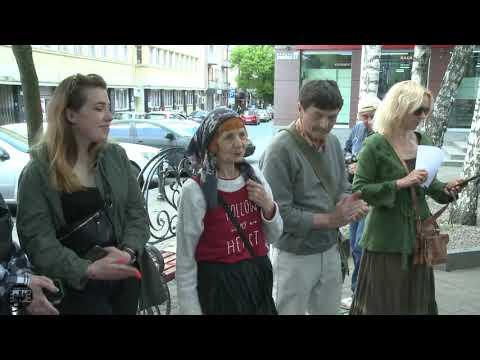Традиційна зустріч в день народження Костя Шишка біля пам`ятника луцькому інтелігенту. 24.05.2021 - YouTube