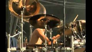 AVENGED SEVENFOLD - Welcome To The Family + Almost Easy (Graspop 2011 live)