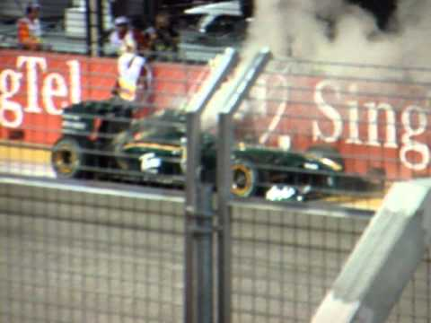 Image: Watch: Throwback - Firefighter Kovalainen puts out fire of his burning Lotus