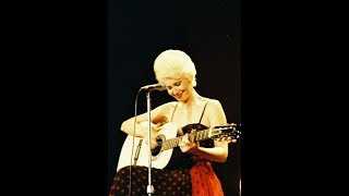 Tammy Wynette sings ANOTHER LONELY SONG live on Country Sessions