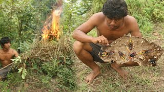 Primitive Technology Hunting Hornets  And Eating