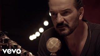 El Cielo A Mi Favor (A Solas Con El Circo Soledad) (Acústico) - Ricardo Arjona  (Video)
