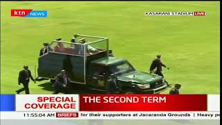President Uhuru Kenyatta arrives at Kasarani Stadium for his inauguration ceremony