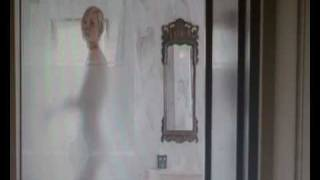 wimbledon scene (Kirsten Dunst and Paul Bettany)