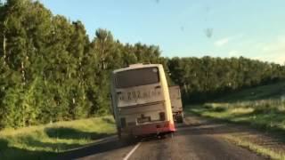 Букет нарушений ПДД пассажирским автобусом