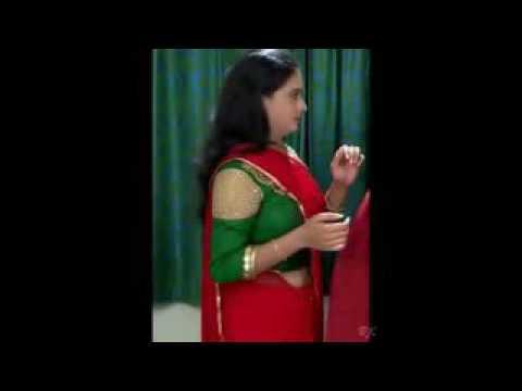 Parasparam serial actress hot show in saree see her boobs