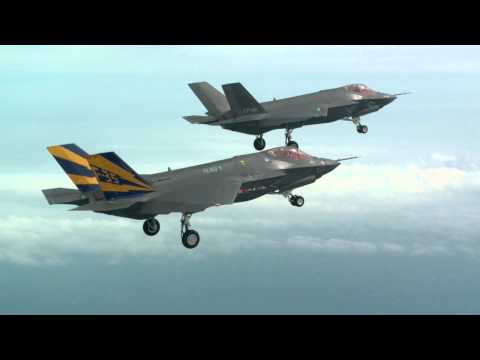F-35C Formation Flight
