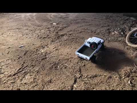 Just Donuts. Circle Work In The Traxxas TRX-4 LC70 1/10 Scale VDJ79 Series Toyota LandCruiser