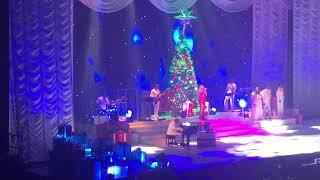 Mariah Carey O Holy Night Live Paris