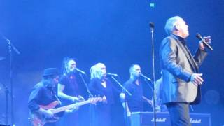 "John Farnham Performs ""Love To Shine"" 28.06.2017 Playing it Forward Concert"
