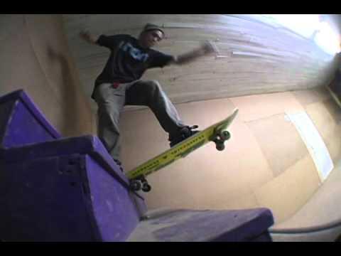 Union Bunker Skatepark   www.unionquebecboards.com