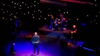 Денис Майданов, В комнате на краю земли (с концерта)