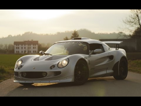 Lotus Exige MK1 - Davide Cironi Drive Experience (ENG.SUBS)