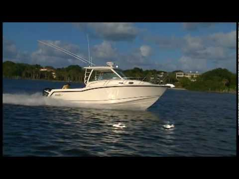Boston Whaler 315 Conquest video