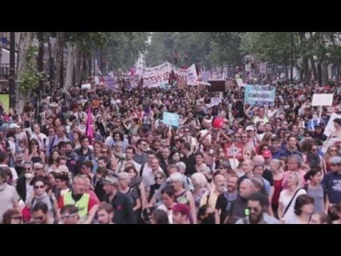 """Nuevas protestas en Francia contra la política """"liberal"""" de Macron"""