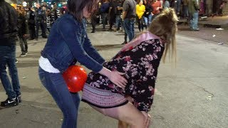 Download Video Balloon Pop Challenge in Public 🎈 MP3 3GP MP4