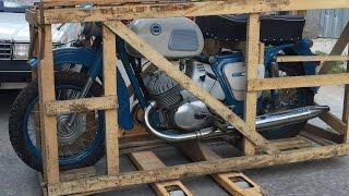 Забытый на 38 лет: новый мотоцикл ИЖ Юпитер-3 1976 года в заводской упаковке Motorcycle in the crate