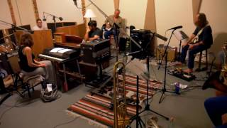 Download Youtube: Psychic Temple - Music For Bus Stops (Live Studio Performance)