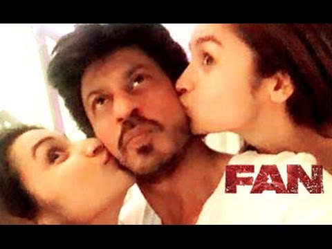 Shah-Rukh-Khan-KISSED-By-Alia-Bhatt-Parineeti-Chopra-Fan-Moment-Full-Movie-Trailer