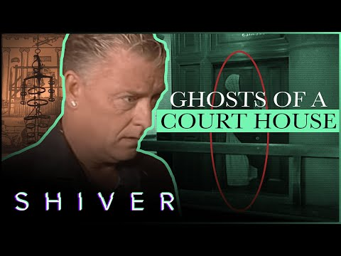 Derek Acorah Is Disgusted By The Cells Of Torment - Most Haunted