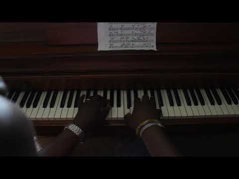 Traditional african gospel piano medley - Kay Benyarko African Piano