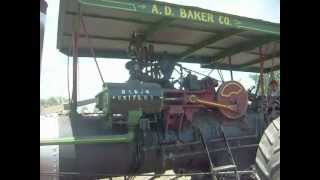 preview picture of video 'Baker Uniflow Steam Engine working hard on the Baker Fan at Wauseon Ohio.'