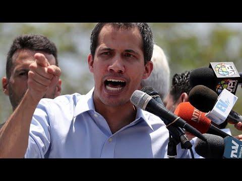 Βενεζουέλα: Συνεχίζει τις πιέσεις ο Γκουαϊδό