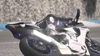 2015 Yamaha R1 Stunt wheelies and stoppie