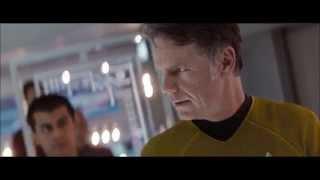 Star Trek 09 USS Enterprise Warps Into A Trap