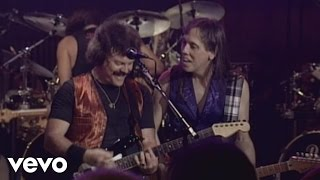 The Doobie Brothers - Long Train Runnin' (from Rockin' Down The Highway)