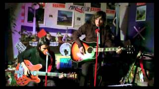 Video The Colleas - Lucka na obloze s diamanty (cover the Beatles