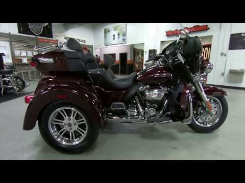 2019 Harley-Davidson Tri Glide Ultra Trike FLHTCUTG